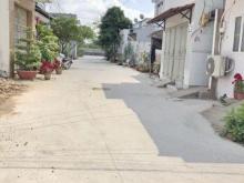 Bán gấp nhà giấy tay hẻm xe hơi 387 đường Phạm Hữu Lầu Phước Kiểng Nhà Bè