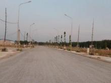 Đất ngay mặt tiền đường ngô quyền ,cách chợ bến cát 100m giá 800