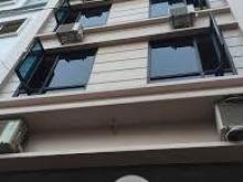 . Cho thuê nhà mặt phố Nguyễn Khang  120m2* 4.5, mặt tiền 7m.