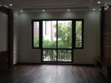 Tôi cần bán nhà phố Ngụy Như Kom Tum DT 45M2 ,5Tầng, MT 4,5M , Giá 9 Tỷ