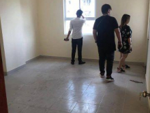Cho thuê căn hộ chung cư CT1 Thạch Bàn, Long Biên. S: 80m. Giá: 5,2 triệu/ tháng.Lh: 0984.373.362