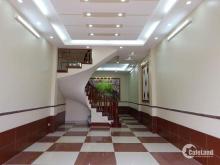 Bán nhà mới Phố Duy Tân, Cầu Giấy. 48m2x5T, Giá:9.5 Tỷ.