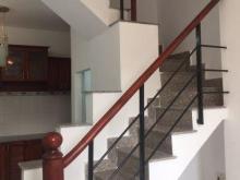 Bán nhà giá rẻ hẻm 80 đường Dương Cát Lợi, Phú Xuân, Nhà Bè, DT 24m2, trệt 1 lầu với 2PN, 1.35 tỷ