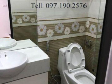 Bán nhà tại Thanh Am, Long Biên, DT: 31m2, giá: 1,9 tỷ. LH: 097.190.2576