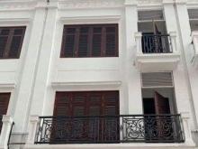 Bán nhà liền kề ở Nguyễn Tuân, DT 72m2, MT 5.5m, 5 tầng, giá 17.3 tỷ (LH: 0982489445).