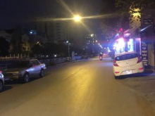 Cho thuê cả nhà mặt phố Nguyễn Lân - Thanh Xuân 50m2, MT 7m
