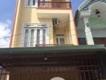 Bán nhà gần chợ Bình Chánh, view 3 mặt tiền. Giá 1,4 tỷ sổ hồng, nhà mới xây.