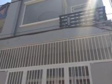 Bán nhà mới xây, có ánh sáng tự nhiên, SHR xe hơi tới nhà ở gần chung cư 4S linh Đông