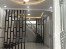 Bán nhà riêng ở Trường Thọ, trung tâm Thủ Đức, đường Võ Văn Ngân, 1 trệt 1 lầu SHR