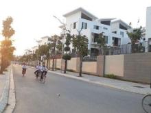 Bán nhà tổ 24 Ngọc Thụy, gần trường Việt Pháp, 2 tầng, 1 tum, 35,9m2, hướng Tây Nam, giá 1,85 tỷ