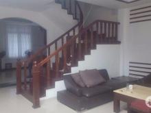 Cho thuê nhà KĐT mới nGhĩa Đô, Cầu Giấy , dt: 80m2 nhà, 60m2 sân vườn 1900USD/tháng.