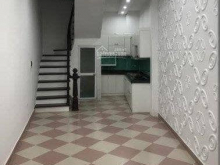 Cho thuê Nhà Phố Chùa Láng làm văn phòng , shop thời trang, người nước ngòai thuê ở , văn phòng