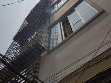 Cho thuê nhà riêng Quan Nhân, quận Thanh Xuân, dt 30m2, mt 4m