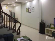 Bán nhà mặt ngõ Linh Lang 64m2x5T nhà nở hậu, ngõ rộng 4.3tỷ 0969.952.685