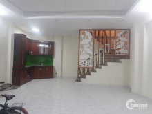 Nhà mới đẹp Hoàng Hoa Thám 43m2 5 tầng giá 4.6 tỷ. lh 0946550495