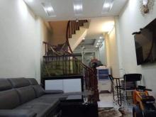 Bán nhà ngõ 381 Nguyễn Khang, 40m2, 3.5 tỷ. Nhà chắc chắn, ở ngay.