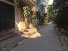 Bán nhà ngõ Thịnh Hào1 20m2 x 4T, dân cư đông đúc, gần phố, tiện kinh doanh