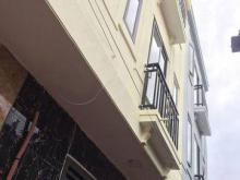 Bán nhà 3 tầng trung tâm Yên Nghĩa Hà Đông, cạnh bến xe, sổ đỏ chính chủ