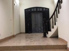 Cho thuê nhà phố Nguyễn Huy Tưởng làm văn phòng , ,hộ gia đình ở kết hợp kd , giá 13tr/tháng