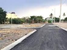 Chính Chủ Bán Gấp Lô Đất LÊ VĂN VIỆT 950tr/nền - nằm trong khu dân cư.
