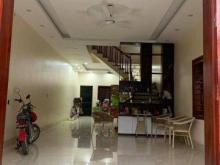 Bán gấp trong tuần nhà Kim Mã, Ba Đình 40m2x5T, nhà như mới, nội thất cực đẹp, ngõ ô tô tránh. Giá chỉ 4 tỷ