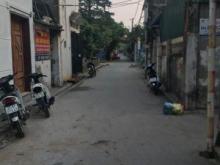 Thạch Bàn Long Biên, mặt tiền hơn 3.5m, ô tô vào tận đất.