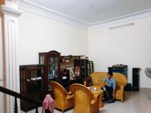 Chính chủ bán nhà , Nguyễn Khang , Cầu Giấy , Dt 77m , gía 4.9 tỷ .  0976275947.