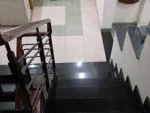 Cần bán nhà chính chủ hxh, Lê Văn Sỹ, quận 3 5 lầu sân thượng.