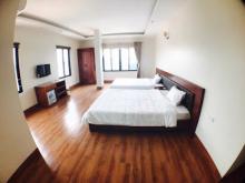 Bán khách sạn view biển mặt tiền trung tâm Hạ Long 10 tầng, 34 phòng