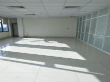 Cho thuê tòa nhà văn phòng gần sân bay đường Bạch Đằng, Quận Tân Bình