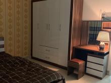 Cần tiền bán gấp nhà Phan Xích Long, DT 30m2, 4 Lầu, giá chỉ 4.5 TỶ.