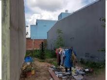 Bán đất xây ở, mặt tiền chợ, đường Quang trung( hóc môn)660tr/89m2-sổ riêng-bao công chứng