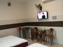 Bán Khách Sạn đường Phan Đăng Lưu, Phú Nhuận, DT: 15x27, chỉ 25.6 tỷ TL