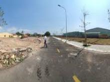 Cần bán lô gấp đất MT đường Phú mỹ Tóc Tiên