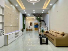 Cho thuê căn hộ mini cao cấp hẻm 43 Cộng Hòa, P4, Tân Bình, đường nội bộ 10m có hai mặt thoáng.