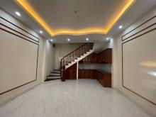 Cho thuê nhà nguyên căn tại ngõ 288 đường Hoàng Mai, quận Hoàng Mai, Hà Nội