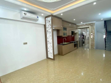 Bán nhà Nguyễn Văn Cừ, vỉa hè, ô tô tránh, kinh doanh bất chấp 0363839396