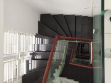 Bán gấp Tòa căn hộ cho thuê phố Chùa Láng, Đống Đa, Ô tô, KD, 65m2, nhỉnh 9 tỷ