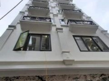 Bán nhà mặt phố Trần Quý Cáp, 7 tầng, mặt tiền rộng, KD sầm uất, nhỉnh 7 tỷ ( có thương lượng)