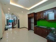 Tìm mua nhà mặt ngõ Hoàng Quốc Việt, Cầu Giấy  45mx5T 4 tỷ 8 LH 0902224679